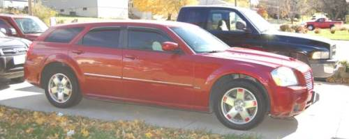 2005 dodge magnum with 91k miles for sale in omaha nebraska 6 500. Black Bedroom Furniture Sets. Home Design Ideas