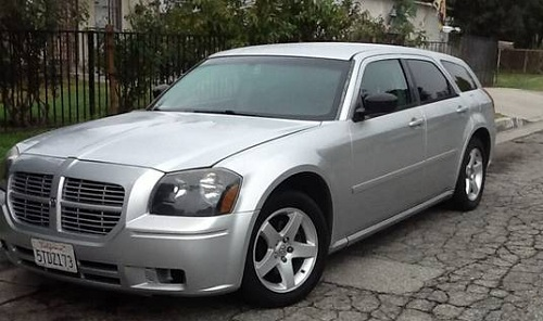 2005 dodge magnum for sale srt8 r t sxt used car classifieds page 10. Black Bedroom Furniture Sets. Home Design Ideas