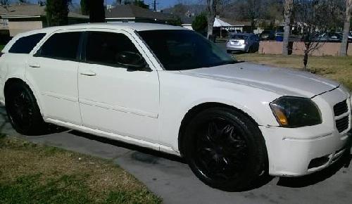 2005 Dodge Magnum mini-van For Sale in San Bernardino ...