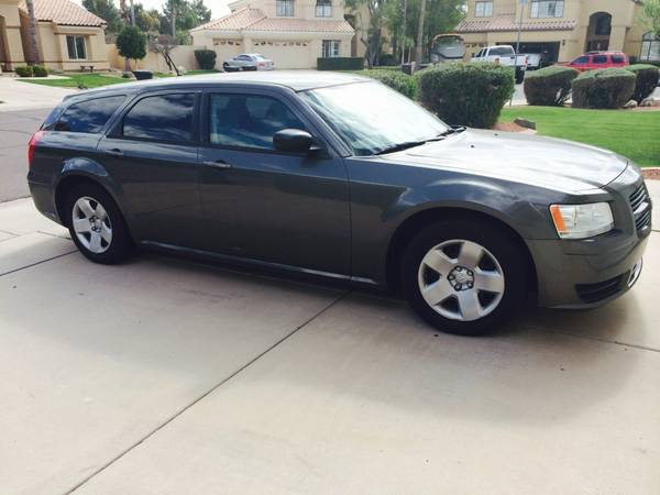 2008 dodge magnum for sale srt8 r t sxt used car classifieds. Black Bedroom Furniture Sets. Home Design Ideas