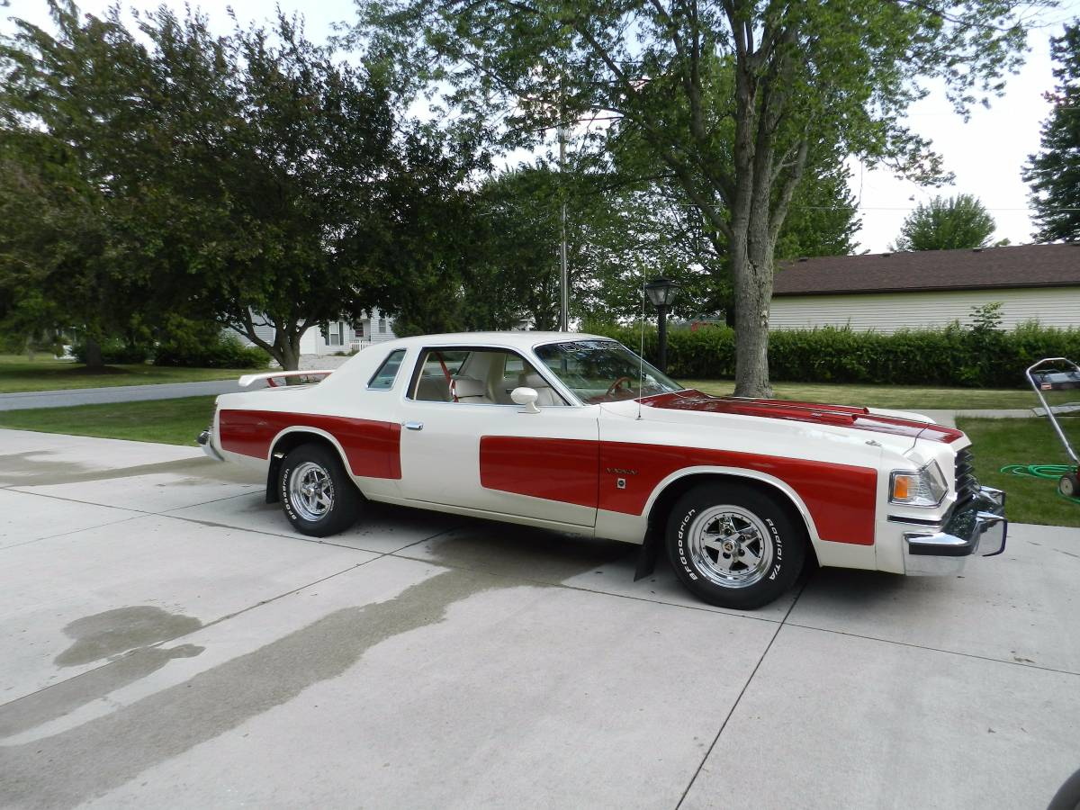 1978 dodge magnum xe coupe v8 for sale in cleveland ohio. Black Bedroom Furniture Sets. Home Design Ideas