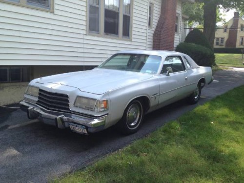 1979 Dodge Magnum V8 Auto For Sale in Mayville, Wisconsin